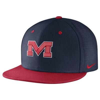 M NIKE TRUE VAPOR FITTED NAVY