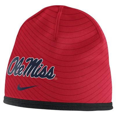 COL SIDELINE TRAINING BEANIE RED