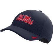 OLE MISS DRI-FIT LOW CROWN LEGACY 91 CAP